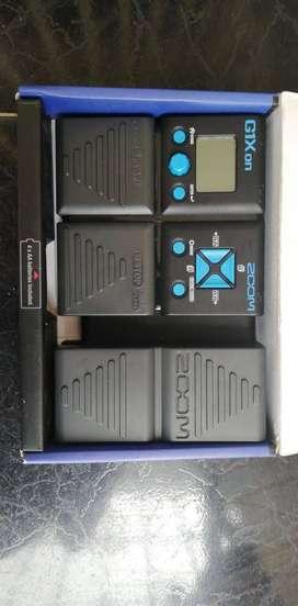 Pedalera de efectos para guitarra G1Xon zoom