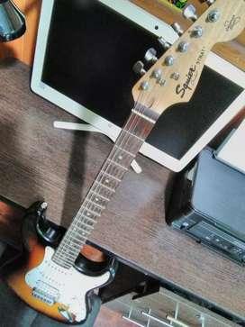Guitarra Squier by Fender series California vendo o cambio