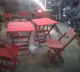 Mesas y sillas de Jardin recien pintadas!