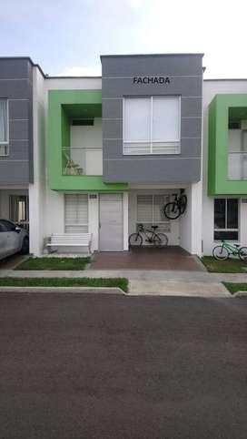 vendo casa en conjunto Rio Claro. 3 años de construcción