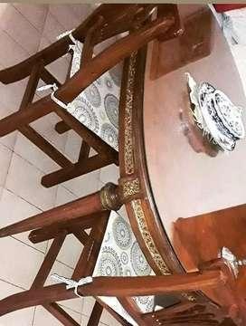 Mesa Ovalada Luis XVI Con Cristal Original y bronce .Extensible