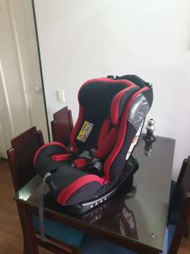 Silla de carro para bebe marca Bebesit Orbit