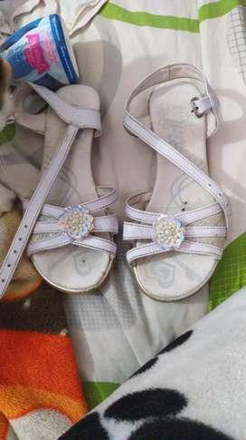 Zapatos de segunda para niña