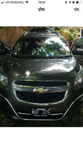 Chevrolet spin buen estado