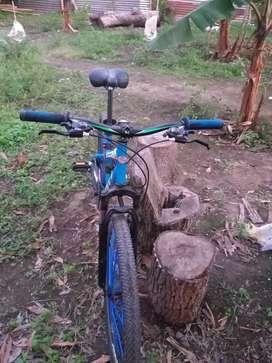 Vendo bicicleta GTI aro 26