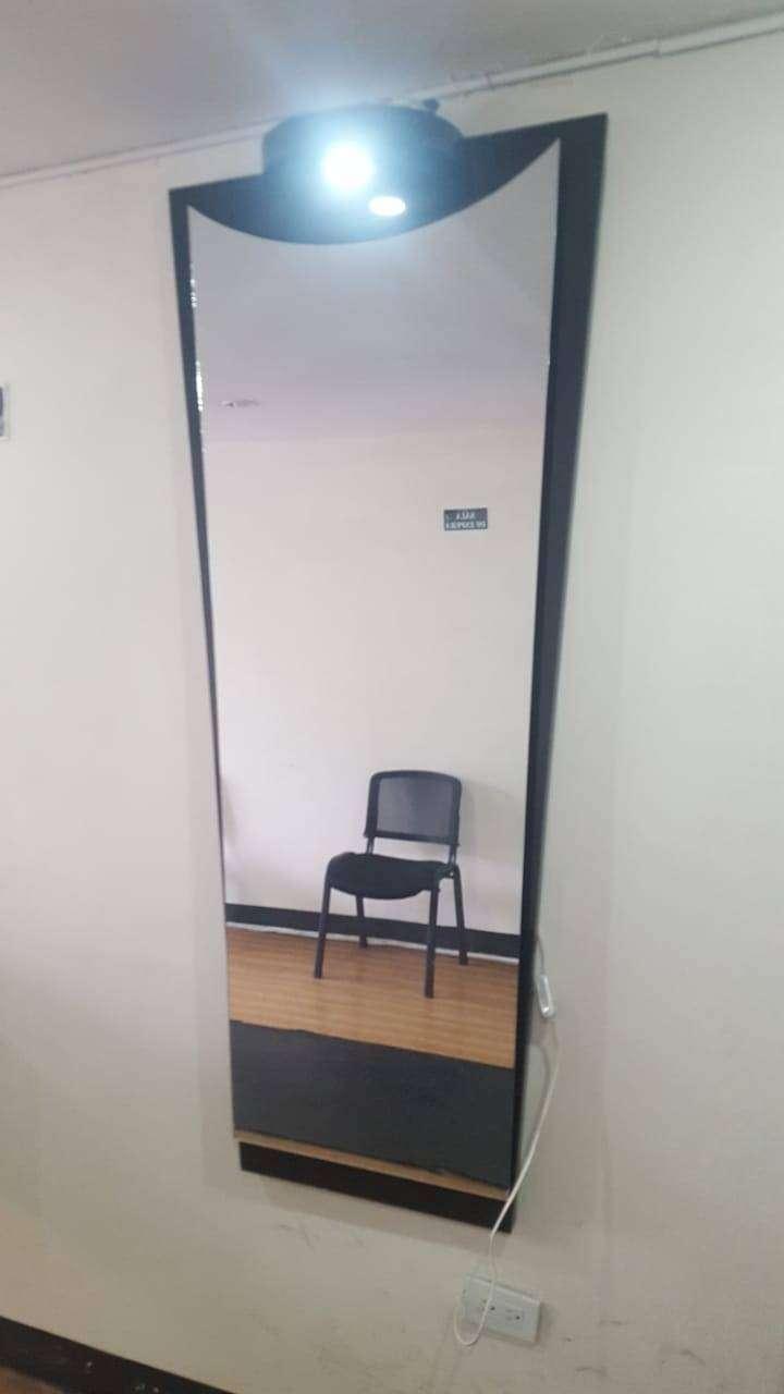 Espejo para Salón, barbería, Spa 0