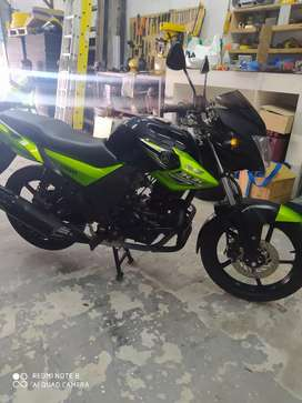 Vendo Yamaha sz