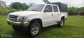 Toyota hirider 4x4 gasolina 2005