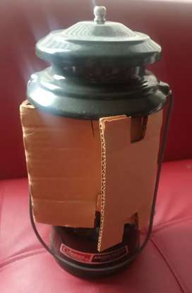 Lámpara para camping Potencia Doble Combustible COLEMAN 288A700 TWO MANTLE LANTERN Americana,