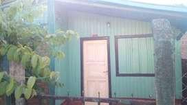 Alquilo casa de material y madera buena ubicación