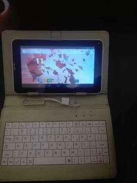Vendo o cambio table teléfono con teclado todo funciona