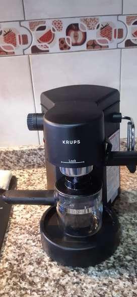 Cafetera marca KRUPS.