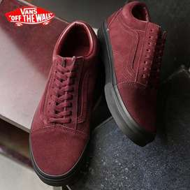 Vans Old Skool talla 9.5 (42.5)