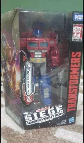 Transformers Optimus Prime Siege
