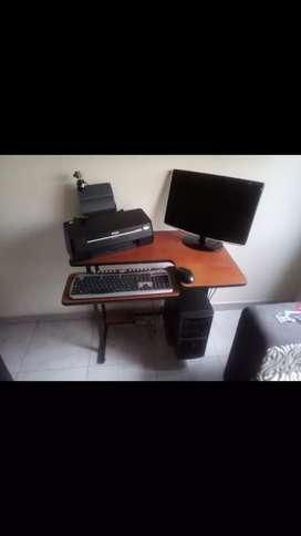 Se vende computador 200