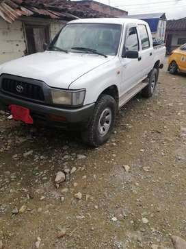 Se vende Toyota Hilux Diesel
