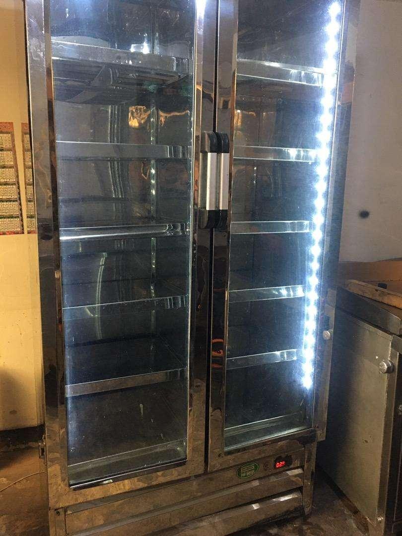 Nevera vertical congelador 0