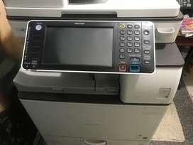 Impresora marca ricoh a láser mp 3364