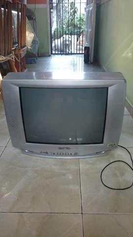 Televisor Hitachi Liquido