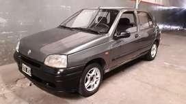 Renault clio diesel 1.9 full