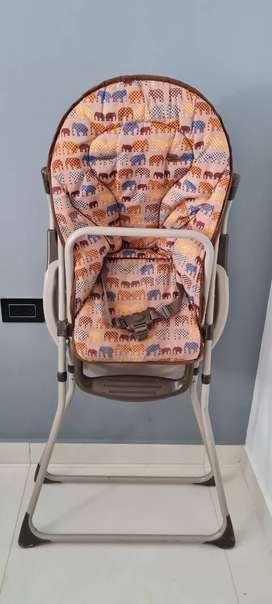 Vendo comedor para bebe unisex