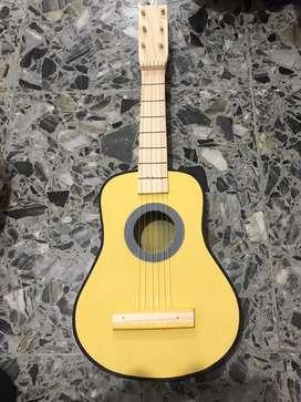 Guitarras de juguete de madera para niños y niñas