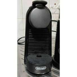 Nespresso DeLonghi con Espumador de leche