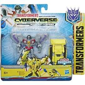 Transformers Cyberverse Spark Armor Starscream