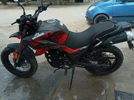 Moto 250 casi nueva