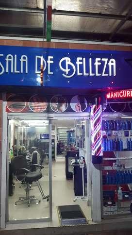 Se necesita Estilista con experiencia o Barbero