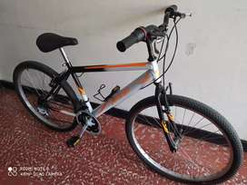 Hermosa bicicleta en perfecto estado