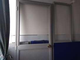 División Oficina con puerta, en perfecto estado, 1 solo año de uso
