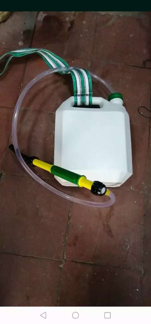Fumigadora Aspersor de 4 litros 0