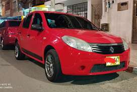 Renault Sandero 2010