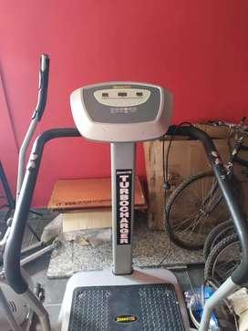 Vendo dos máquinas de ejercicio casi nuevas