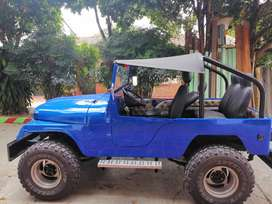 Se vende jeep willys