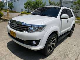 Toyota Fortuner 2015 Automatica