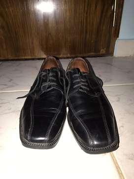 Vendo zapatos de vestir T. 42