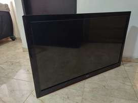 """VENDO TELEVISOR LED LG CINEM 3D DE 42"""" HDTV"""