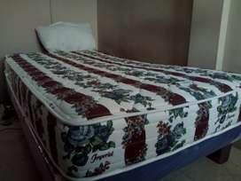 Cama - colchón de una plaza y media
