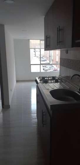 lindo apartamento, excelente valorización, tercer piso, iluminación natural, hermoso sector