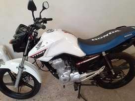 Honda New Titan 2020 / 4.000 km nueva