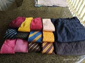 8 Corbatas de Marca + 2 pantalones de Vestir diseñador + 2 Camisas de Diseñador
