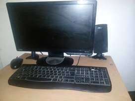 Computador de escritorio en perfecto estado