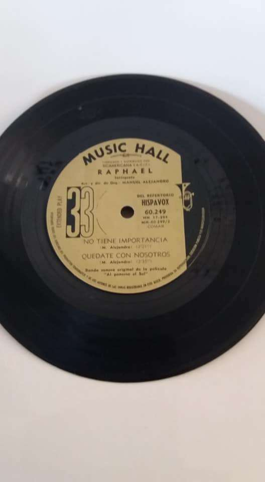 LP 33 RAPHAEL MUSIC HALL Hablemos del amor, Si un amor se va 0