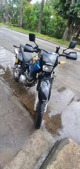 XT600E recién restaurada o cambio