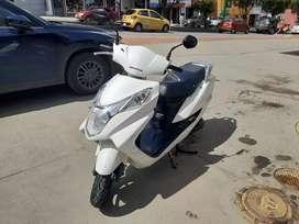 Moto élite + 125