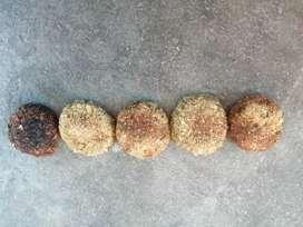 Se vende galletas orgánicas para conejos diferentes sabores