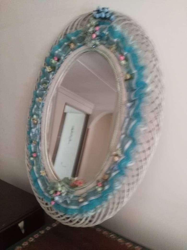 Vendo espejo decorativo