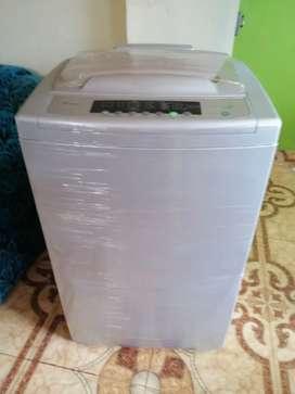 vendo lavadora whirpool de 28 libras digital